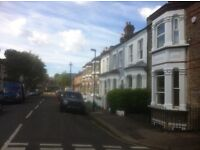 V Lge Double ensuit central Chiswick. Excellent transport links