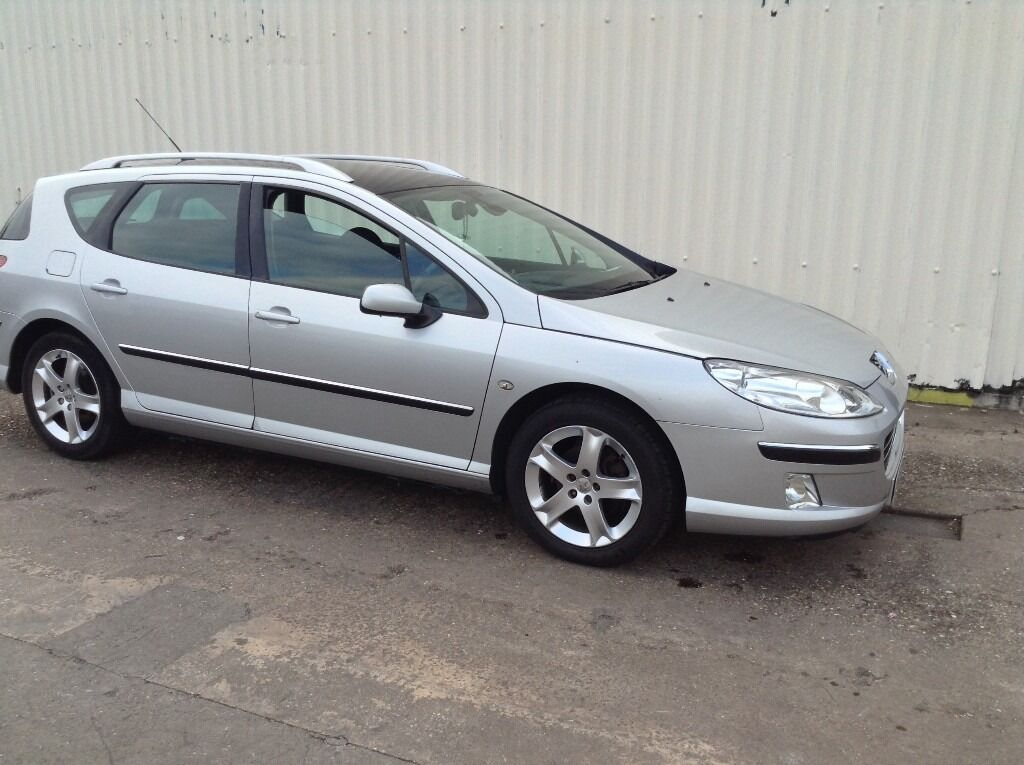 Peugeot 407 estate 2.0, 06 plat ,panoramic roof spare or repairs starts and drives