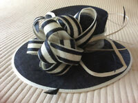 Navy / White hat - suitable for weddings