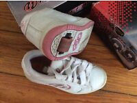 Heelys skate shoes size 1 white and pink leather
