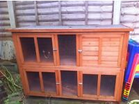 BEAUTIFUL LARGE UNUSED TWO TIER NEW RABBIT / GUINEA PIG HUTCH