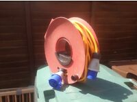 25 metre Heavy Duty Hookup Cable & Reel