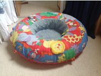 Inflatable baby play ring