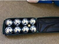 Boules set in case