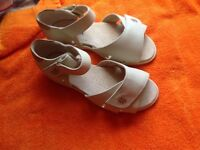 Cosy feet,brand new sandles