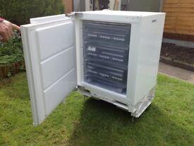 AEG under worktop integrated freezer model arctis U86050