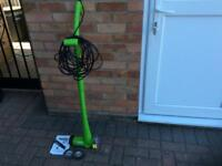 Electric Patio Clearing Brush