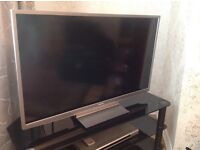 """Toshiba 40"""" LCD with stand"""