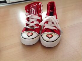 Canvas Boots Girls Red and White Size 11