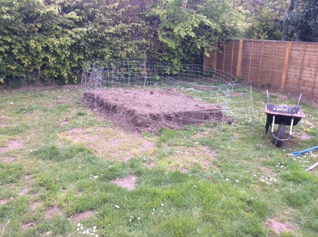 Ton Of Topsoil >> Garden Topsoil 1 Ton Approx In Melton Constable