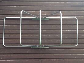 SWINGING RUG RACK 5 ARM Brand New In Box £73.79 includes Delivery to a UK Address