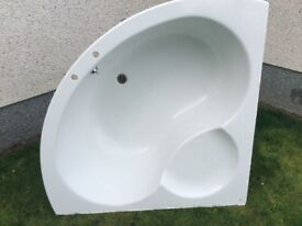 Ideal Standard bath, toilet, basin and Mira sport shower. Only £50.