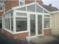 White UPVC Victorian Style Conservatory 4x4 Meters For Sale