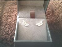 CloGau butterfly earings