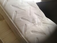 Single mattress,memory foam.£65.00