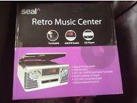 Seal Retro Music Centre. Record Turntable / Cd player / FM radio
