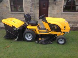 J.c.b ride on diesel lawnmower