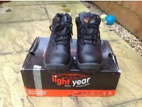Ultra lightweight safety boots uk 5 eu 38
