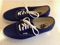 New Navy VANS size 8