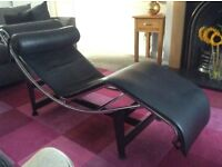 Le Corbusier style chaise longue