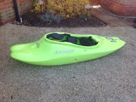 Dagger G Force 6.1 white water playboat