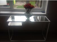 Metal and glass Stand table