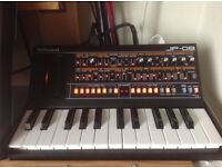 Roland JP 08 and K25m keyboard....excellent condition .