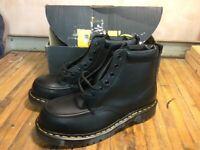 Dr martens boots never worn size uk 9