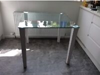Small glass table excellent condition 90 x 90 cm