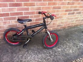 kids bike-3/4 years black/red wheels all working order