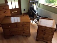 Chest of drawers & bedside cabinet