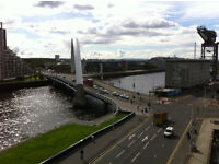 Stunning Lancefield Quay Apartment, Balcony, 2 double bedrooms, private parking and amazing views.