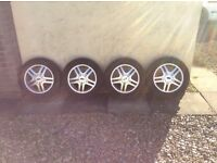"Ford Focus set of 4 (15""alloys + tyres)"