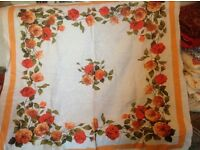 VINTAGE TABLECLOTH - SMALL - FLORAL
