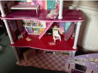 DOLLS HOUSE - CHAD VALLEY CITY LIVING 2 IN 1 LIGHT UP DOLLS HOUSE - NEW
