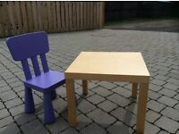 Children's play table and chair