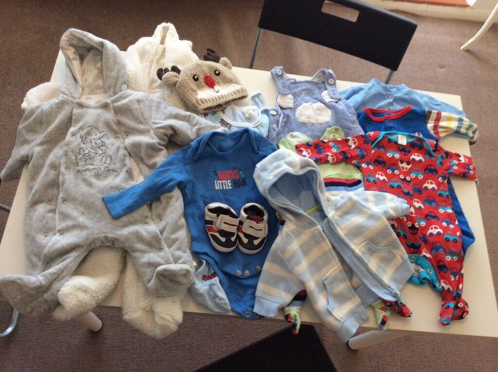 Newborn baby up to 6 m clothes