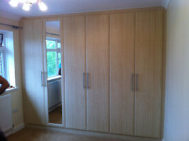 Ilford 1 Bedrooom Flat with 1 Reception close to Ilford Station Own Parking and Garden