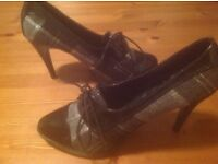"""Ladies Size 6 Shoes from """"New Look"""""""