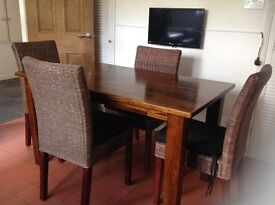 DINING ROOM TABLE & CHAIRS DARK WOOD MOROCCAN STYLE TABLE RATTON/WICKER CHAIRS BLACK SEAT COVERS