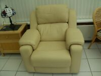 A LOVELY LIGHT CREAM LEATHER G PLAN ARMCHAIR FOR CONSERVATORY OR LOUNGE IN AN IMMACULATE CONDITION.