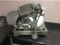 Heavy duty meat slicer