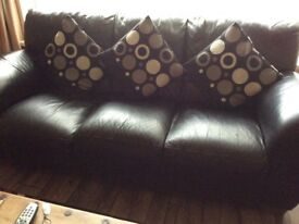 Black leather 3 seater and 2 seater sofa's