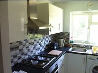 Two Large Double Rooms available for rent Immaculate New Appliances,Bathroom and Kitchen-Mill Hill