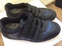 Senior boy's school shoes - Size 7 1/2 G
