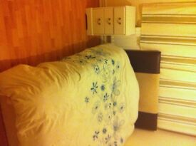 To Let Now (Furnished Double Room)