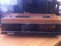 sony TFM-C580E retro alarm & radio