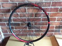 New SRAM Roam 30 650b 27.5 mountain bike wheelset