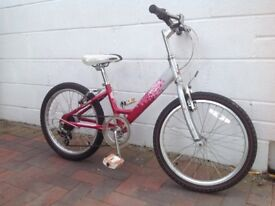 Girls two-wheeled cycle in excellent condition and well maintained. Would suit 7 to 11 year olds.
