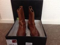 Ladies leather Boots size 5